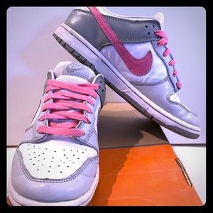 Nike Dunk Low. Leather. Women's Size 7.